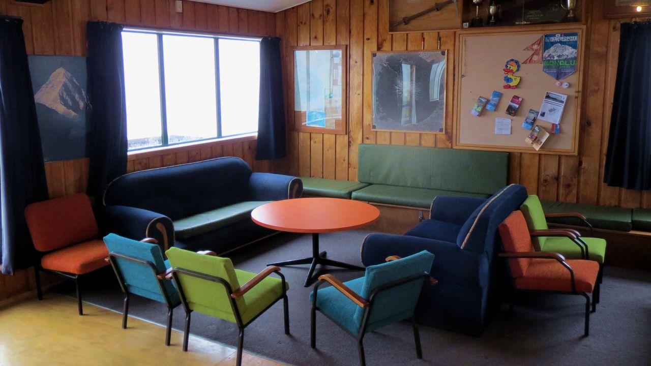 Lodge Lounge